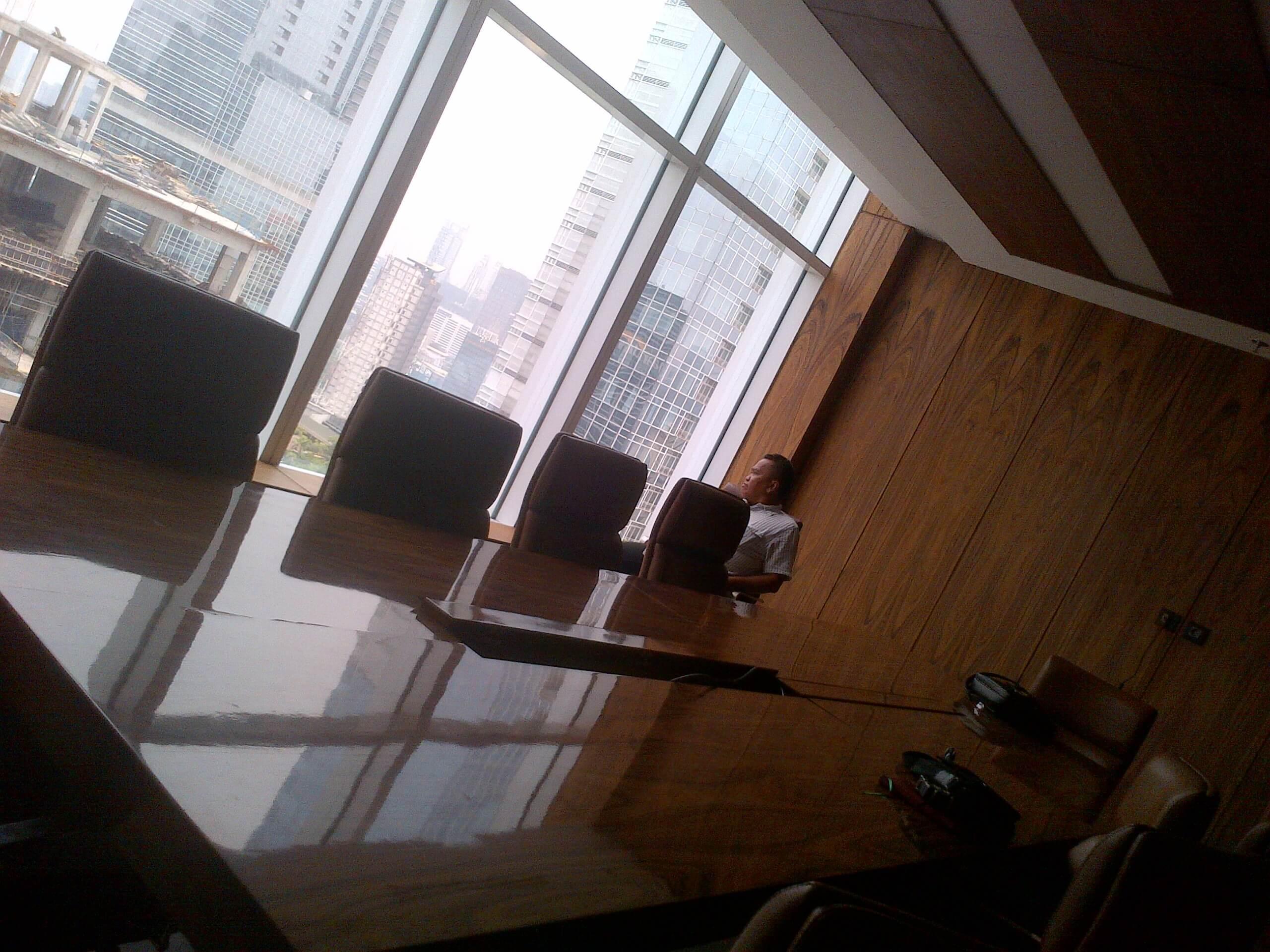 rekomendasi interior kantor di pantai mutiara, jakarta utara